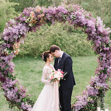 Wedding photographer Sergey Petkoglo (clicklovemd). Photo of 15.05.2017