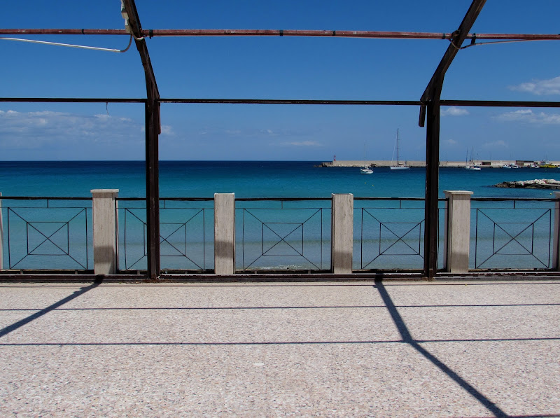 Ringhiera sul mare di Giorgio Lucca
