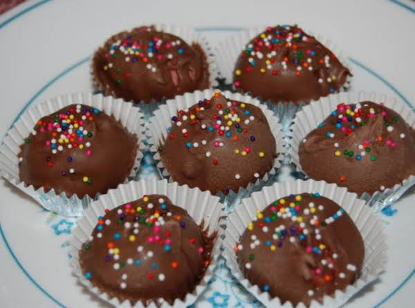 Taylor's Peanut Butter Cookie Balls