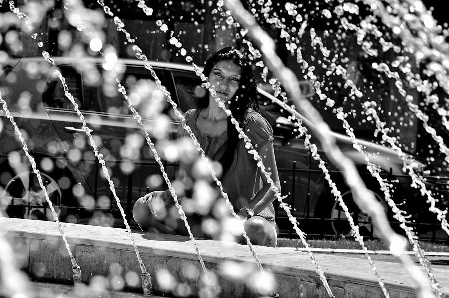 by Vicris Foto - People Portraits of Women