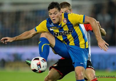 OFFICIEEL: FC Twente laat ex-spits van AA Gent transfervrij naar Duitsland vertrekken