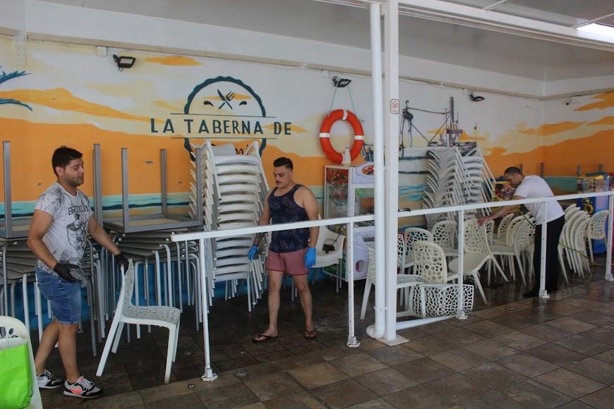 La Taberna de Domi, ubicada en Avenida Cabo de Gata, frente al Palmeral.