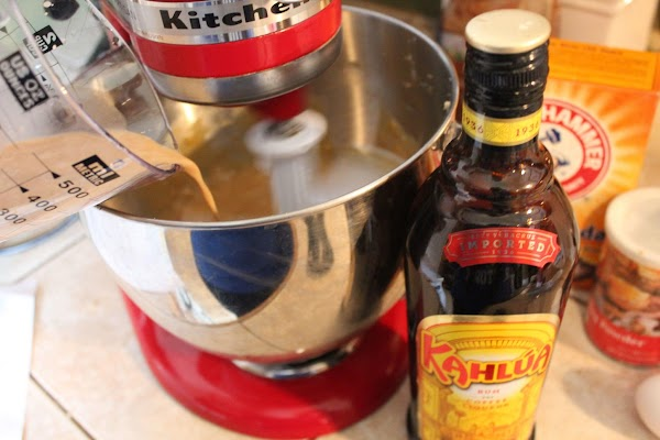 Next, add the Kahlua and cream; mix well to combine.