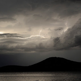 Lightning the night away II... by Zvonimir Cuvalo - News & Events Weather & Storms ( clouds, lightning, tijat, sea, prvic sepurine, night, storm, island )