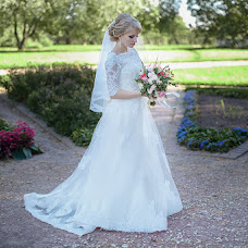 Wedding photographer Anna Merkulova (katsuragi). Photo of 03.11.2016