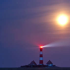 Westerhever by Kai Süselbeck - Landscapes Starscapes ( moon, westerhever, cold, lighthouse, night )