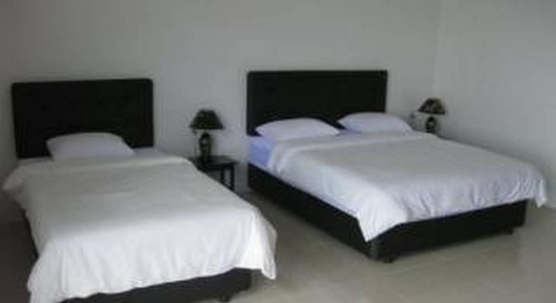 Leo Mutiara Hotel