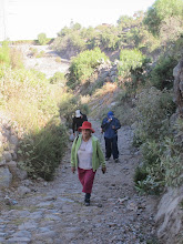 Photo: Caminando entre chacras II Subiendo desde el río a Yumina Paucarpata - Yumina - Sabandia