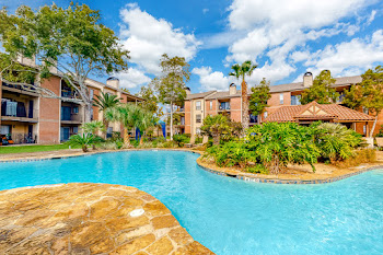 Go to Teakwood at Seabrook Apartments website