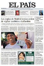 Photo: Los espías de Madrid tenían orden de vigilar también a Gallardón, las urgencias rurales cierran para 100.000 castellano-manchegos y Francia combate en solitario contra Al Qaeda en Malí, en la porta de EL PAÍS del martes 15 de enero de 2013. http://srv00.epimg.net/pdf/elpais/1aPagina/2013/01/ep-20130115.pdf