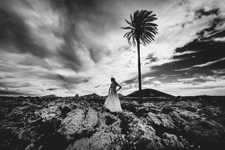 Свадебный фотограф Cristiano Ostinelli (ostinelli). Фотография от 29.11.2019