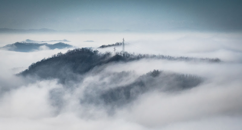 Al di sopra delle nebbie. di marina_mangini