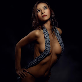 by Dharman Multimedia - Nudes & Boudoir Boudoir
