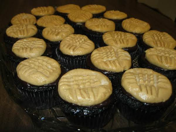 Peanut Butter Cookie Cupcakes Recipe