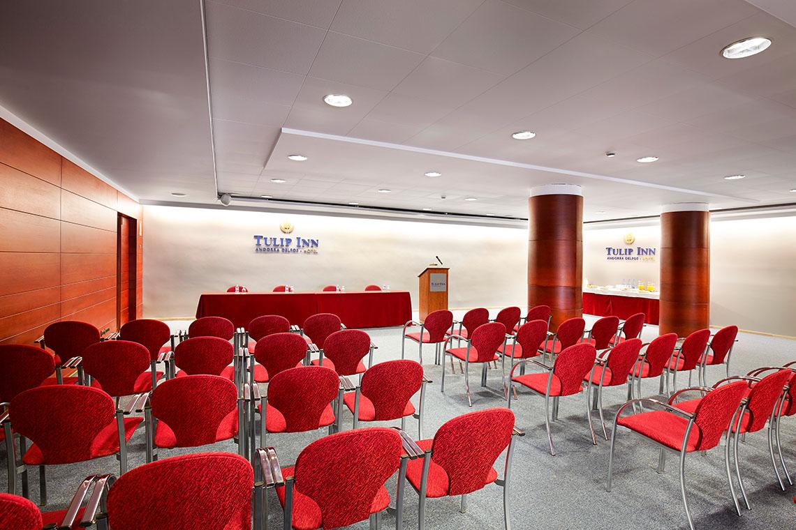 Facilities for business meetings Andorra