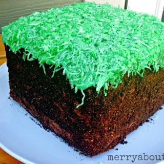 Minecraft Grass Block Cake Tutorial