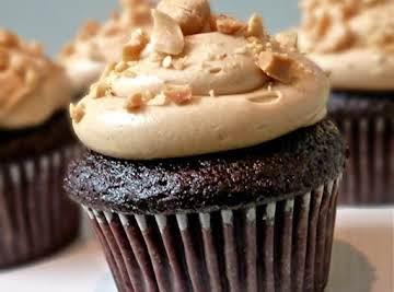 Peanut Butter Chocolate Cupcakes