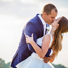 Wedding photographer Grósz Emese (emesegrosz). Photo of 05.10.2018