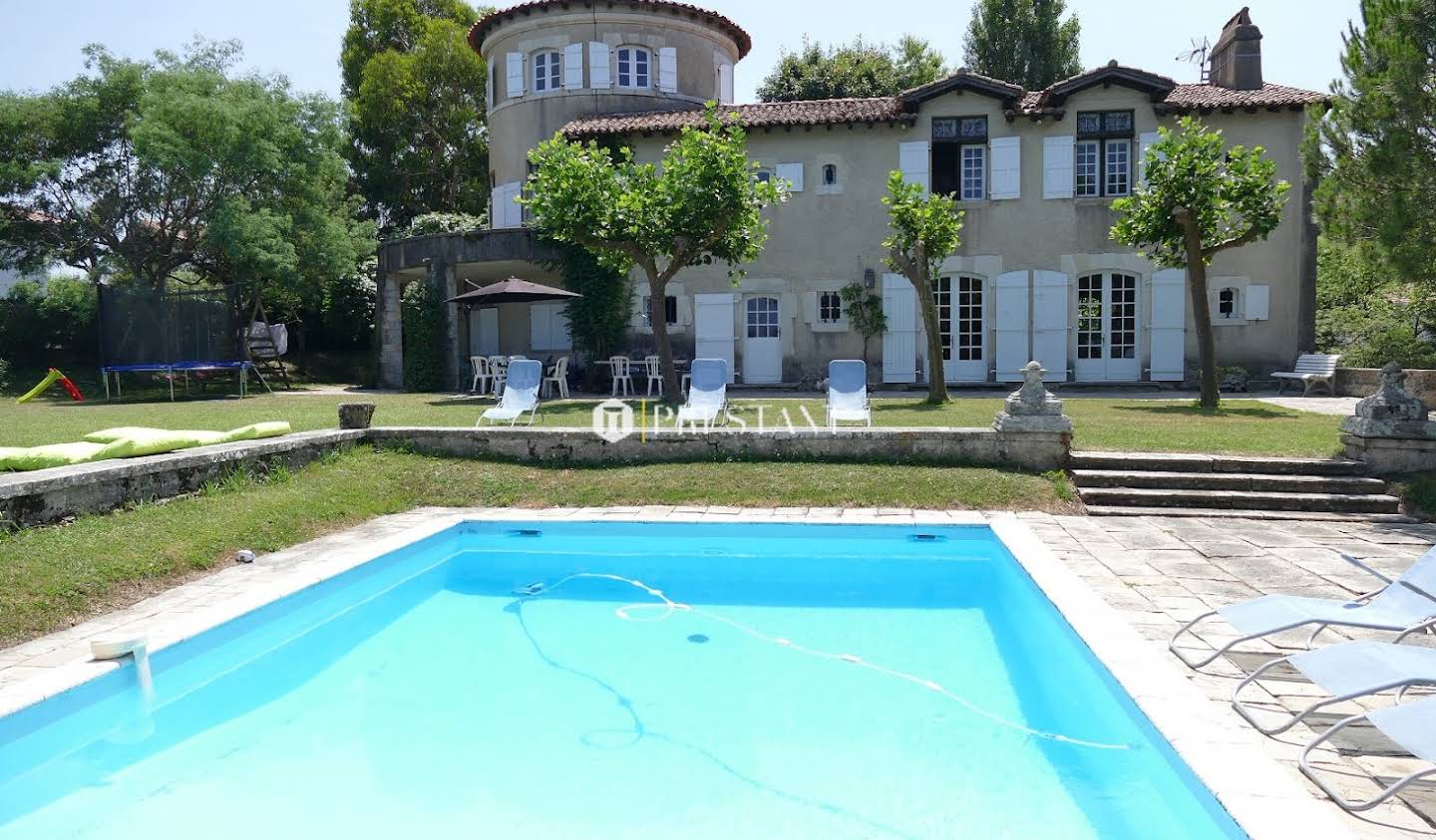 House with pool and terrace Ciboure