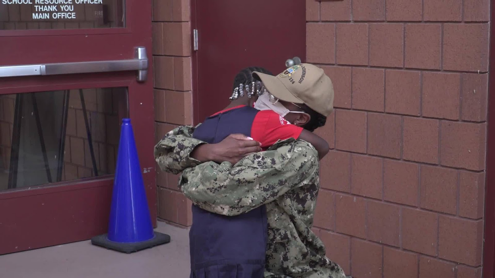 WATCH: Navy mom surprises daughter at school after 10 ...