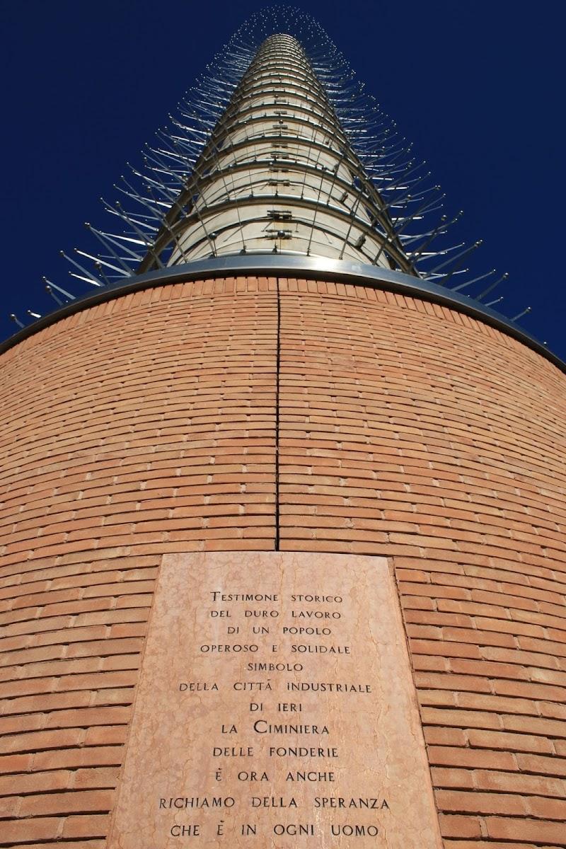Ex ciminiera, ora simbolo religioso di Davide_79