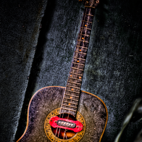 Junk Guitar by Joemar Cabasan - Artistic Objects Other Objects
