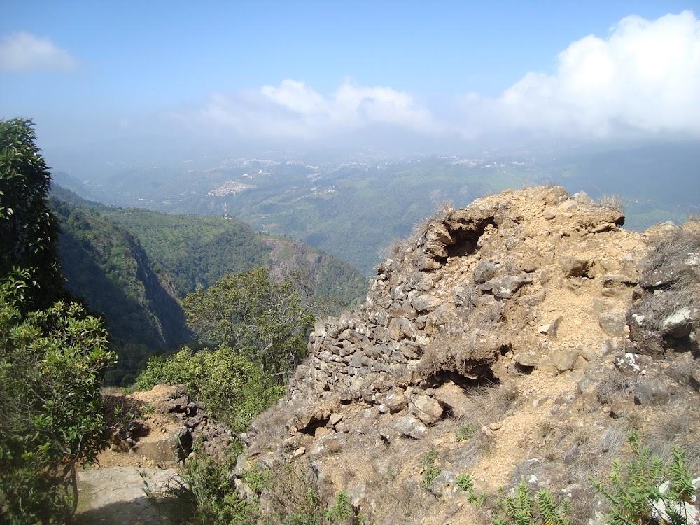 places-visit-coonoor-droog-fort_image