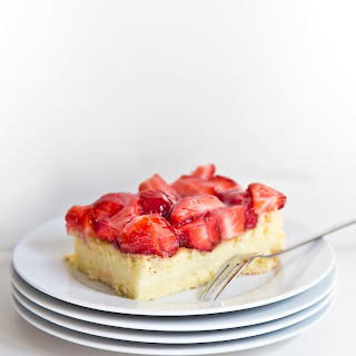 Vanilla Cake With Strawberry Filling Recipes