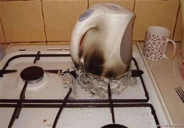 Kết quả hình ảnh cho ấm siêu tốc bị cháy