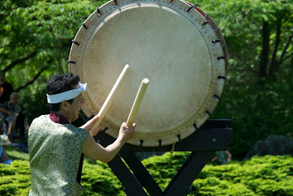Photo: Mikio Beating the Odaiko