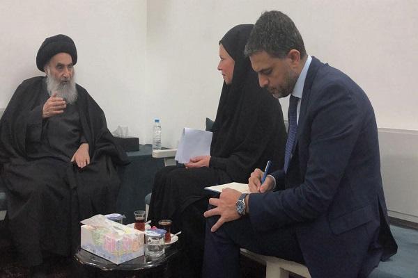 جینین ھینیس بلاسخارت رئيسة بعثة الامم المتحدة في العراق خلال اجتماعها في النجف مع المرجع الشيعي الاعلى علي السيستاني