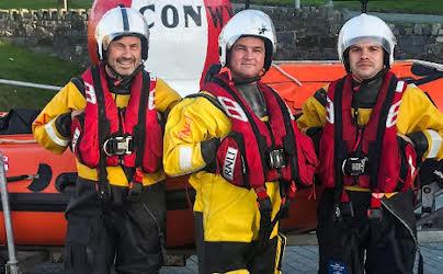 Saving Lives at Sea (S2E5)