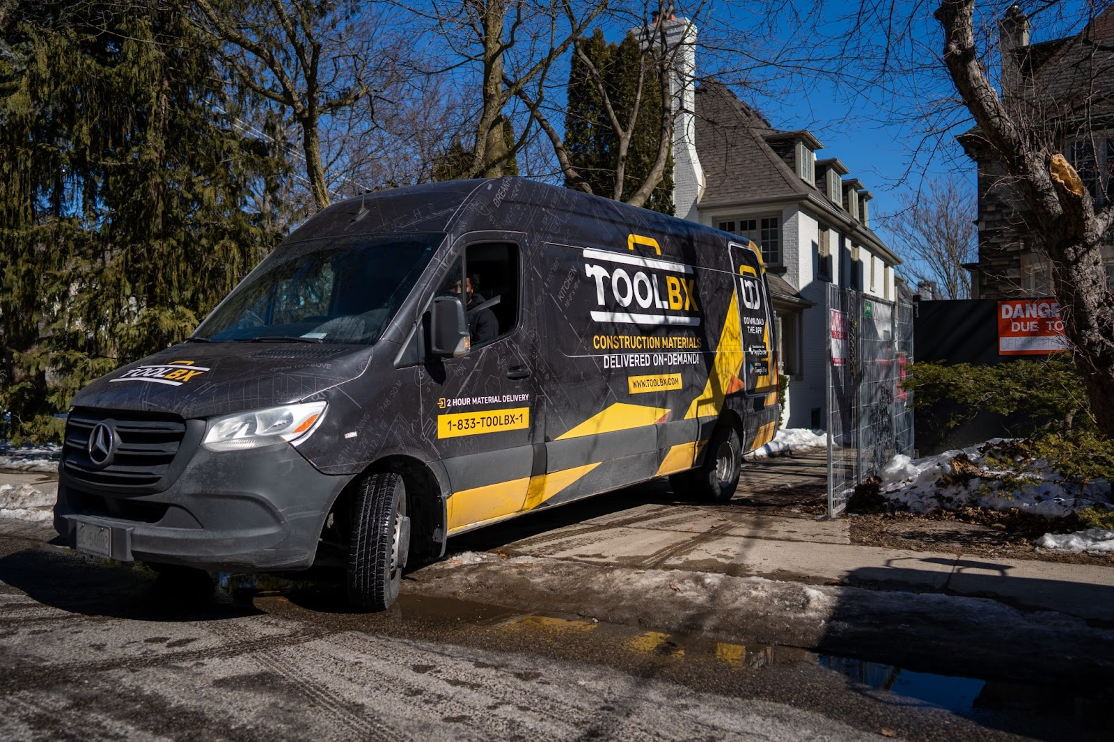TOOLBX truck makes deliveries to you