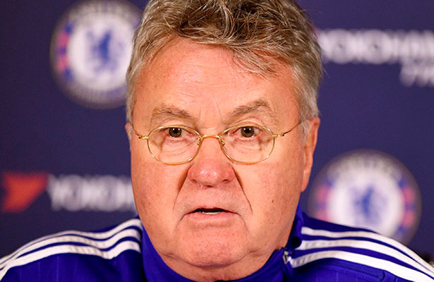 Guus Hiddink le pone un alto a Diego Costa