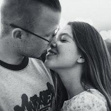 Wedding photographer Valeriy Emelyanov (emelyanoof). Photo of 05.10.2015