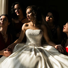 Wedding photographer Olga Komkova (redfoxfoto). Photo of 07.03.2017
