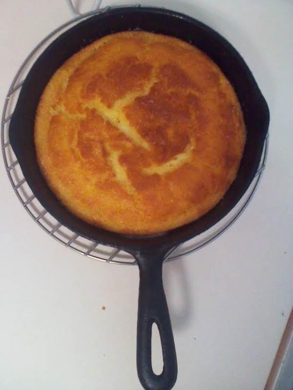 Aggies Yellow Cornbread