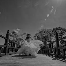 Wedding photographer Kelmi Bilbao (kelmibilbao). Photo of 19.08.2017