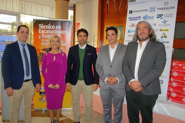 Ramón Reyes, Rosa Castro, Salvador Torralba, Fernando Aguado y Juan Guirado.