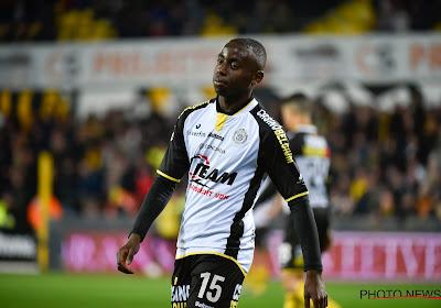 Dylan Mbayo quitte Lokeren pour Gand