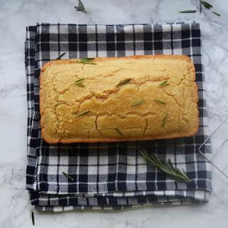 Garlic Rosemary Beer Bread
