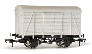 Photo: A012 Unpainted Box Van