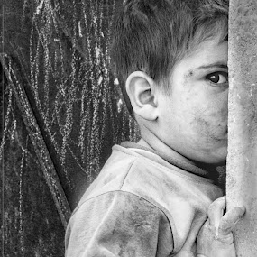 Syria by Khalil Morcos - Babies & Children Child Portraits ( black and white, homeless, poor, syria, war )