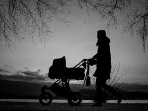 Photo: the evening walk...  #street #streetphotography #shootthestreet #blackandwhite #blackandwhitephotography #bw #monochrome