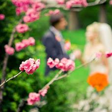Wedding photographer Vladimir Polupoltinov (vaij). Photo of 26.10.2012