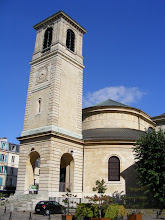 Photo: On one side of the square is the rear bell tower of the Église St Germain, the fourth church to stand on this site since 1028 - this one having been completed in 1828. The church is the burial place of James II (Stuart), King of England and Scotland, who died in exile here in 1702.