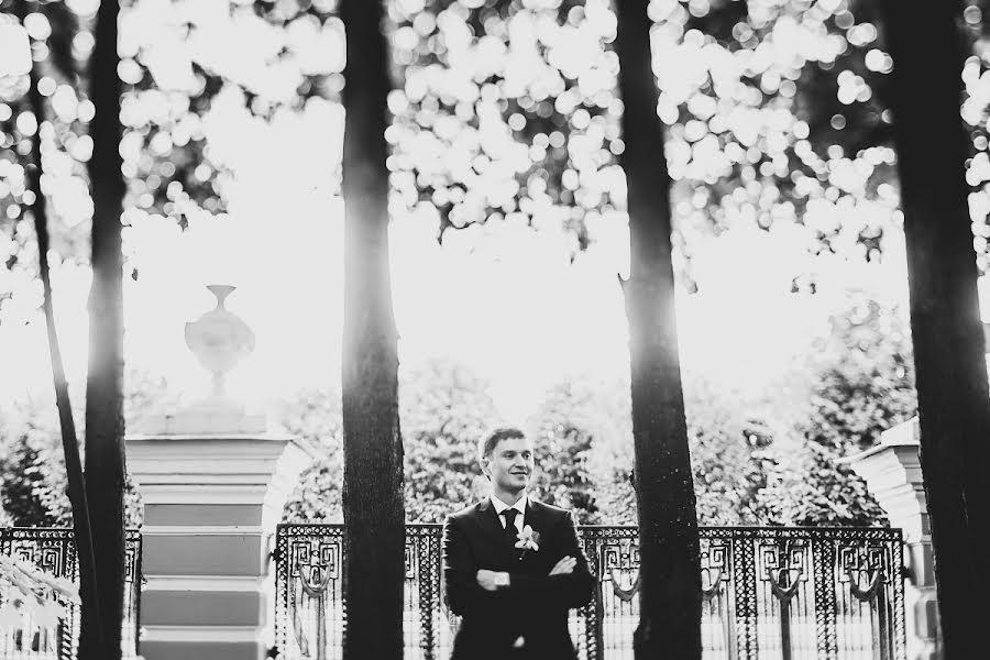Wedding photographer Слава Семенов (ctapocta). Photo of 16.12.2012