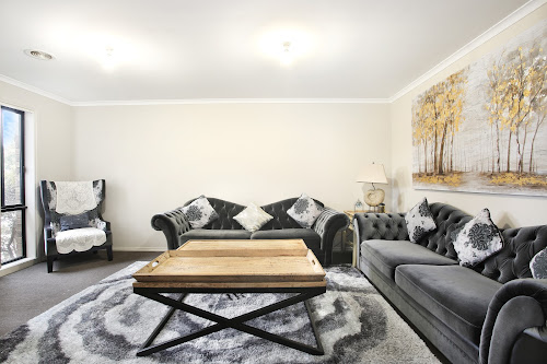 Photo of property at 14 Cleopatra Drive, Cranbourne 3977