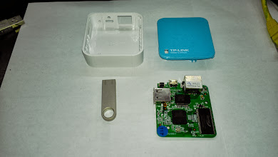 Photo: OpenWrt TP-Link WR703N (4MB FLASH + 32MB RAM)