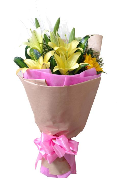 Ảnh có chứa hoa, cây, bàn, màu hồng  Mô tả được tạo tự động